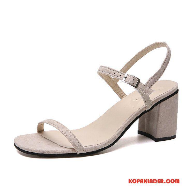 billiga högklackade skor